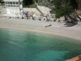 Beautiful Condo with Television and Balcony - Mimice vacation rentals