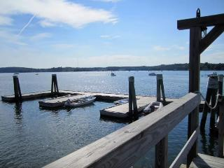 Romantic Harbour-side Studio 52w - Edgecomb vacation rentals