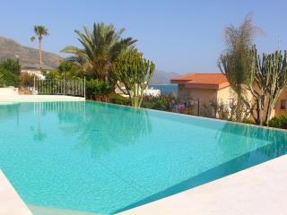 Affordable  Appartment 2- SABBIE D'ORO RESIDENCE - Castellammare del Golfo vacation rentals
