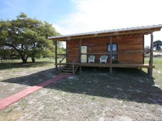 Walt's Cabin 1 Country Property past Luckenbach Tx - Luckenbach vacation rentals