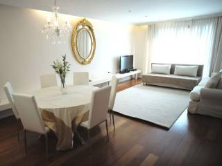 Luxury 2BR @ Jerusalem of Gold Condo - Jerusalem vacation rentals