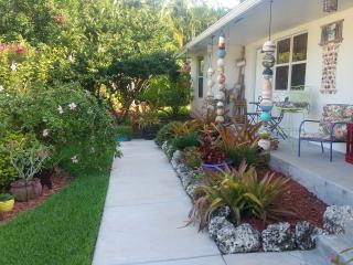 Perfect Condo with Internet Access and A/C - Davie vacation rentals