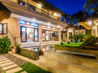 3 bedrooms - Villa Gading - Central Seminyak - Seminyak vacation rentals