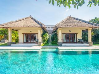 4 bedrooms - Villa Alam - Central Seminyak - Seminyak vacation rentals