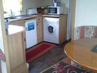 Butlins  skegness  3 bedroom caravan private owner - Ingoldmells vacation rentals