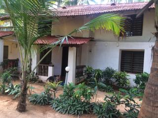AC Premium room beach hut on Agonda Room 7 - Agonda vacation rentals