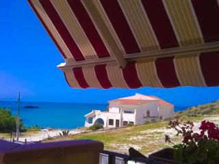 3 bedroom Apartment with Internet Access in Realmonte - Realmonte vacation rentals