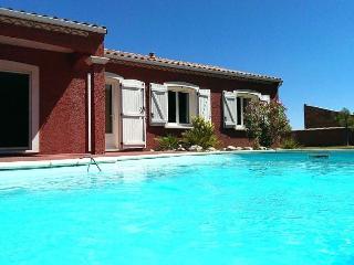 Villa Provençale au Coeur du Vignoble Corbières - Thezan-des-Corbieres vacation rentals