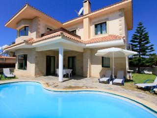 Nice 3 bedroom Villa in Nea Dimmata - Nea Dimmata vacation rentals