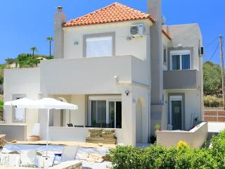 Comfortable Villa with Internet Access and A/C - Missiria vacation rentals