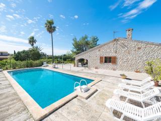 ES CANTÓ DES MORÉS - Property for 8 people in Binissalem - Binissalem vacation rentals