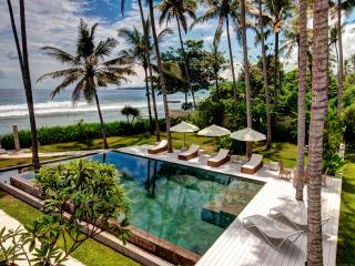 White Sand Beach 4 bedroom Villa Candidasa - Tenganan vacation rentals