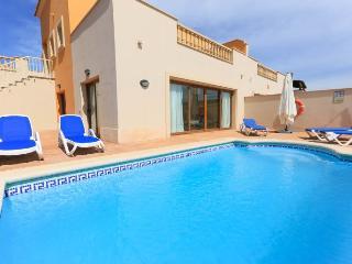 4 bedroom Villa with Internet Access in Fustes - Fustes vacation rentals