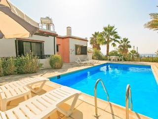 Comfortable 2 bedroom Villa in Coral Bay - Coral Bay vacation rentals
