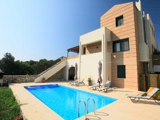 Comfortable Villa with Internet Access and A/C - Gerani vacation rentals