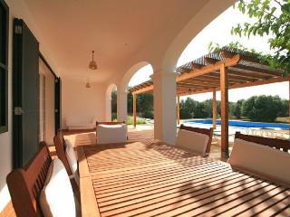 Nice 5 bedroom Sant  Lluis es Villa with Internet Access - Sant  Lluis es vacation rentals