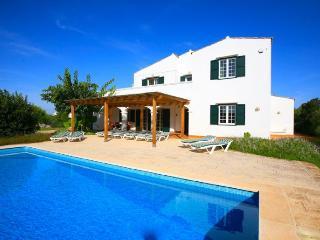 Comfortable 5 bedroom Villa in Sant  Lluis es - Sant  Lluis es vacation rentals