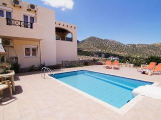 Perfect 3 bedroom Milopotamos Villa with Internet Access - Milopotamos vacation rentals