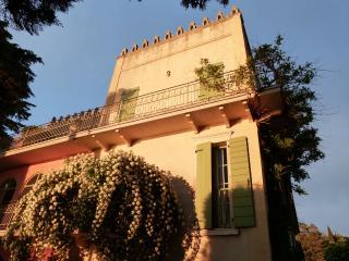 """Villa Cisano Residenza d'Epoca app. """"Ciliegia"""" - Cisano di Bardolino vacation rentals"""