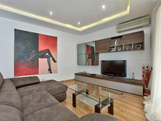 Central, Comfortable, Free Wi-Fi, Family Friendly - Sliema vacation rentals