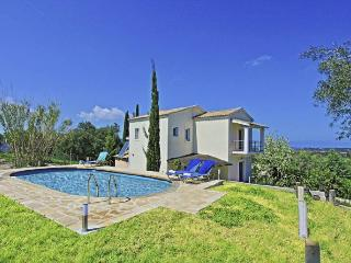 Comfortable 3 bedroom Roda Villa with Internet Access - Roda vacation rentals
