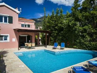 3 bedroom Villa with Internet Access in Vlachata - Vlachata vacation rentals