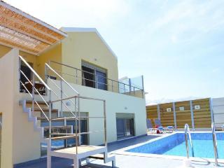 Comfortable 3 bedroom Villa in Vamos - Vamos vacation rentals