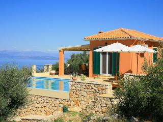 Comfortable 2 bedroom Villa in Tsoukalades - Tsoukalades vacation rentals