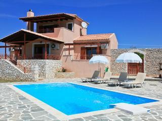 Cozy 3 bedroom Kothreas Villa with Internet Access - Kothreas vacation rentals