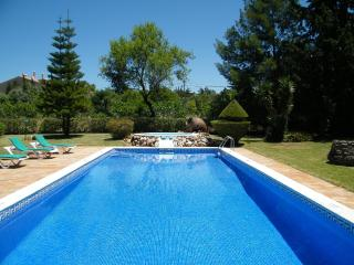 Monte S. Lourenço - Alcantarilha vacation rentals
