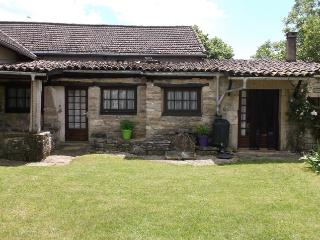 Holiday Gite/Cottage, Midi-Pyrenees - Saint Projet vacation rentals
