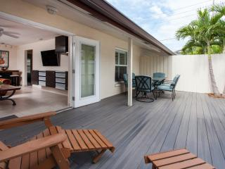 Beach Retreat II in Quaint Indian Rocks Beach!! - Indian Rocks Beach vacation rentals