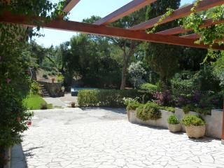 A Beatiful Villa with lake and beach in sabaudia - Sabaudia vacation rentals