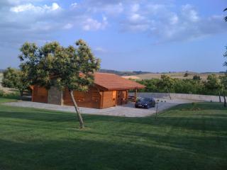 Cozy 3 bedroom Vacation Rental in Bragana - Bragana vacation rentals