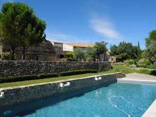 Perfect Family Home With Stunning Views - Luberon, France - Cabrieres-d'Avignon vacation rentals
