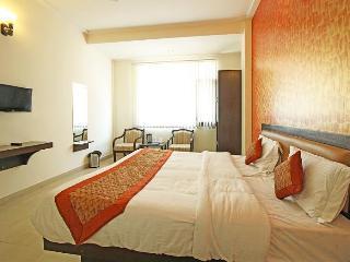 Comfortable 1 bedroom Vacation Rental in Haridwar - Haridwar vacation rentals