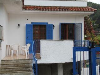 Cozy 2 bedroom Villa in Castelvolturno - Castelvolturno vacation rentals
