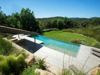 Amazing 6 Bedroom Villa Close to St. Tropez. - Grimaud vacation rentals