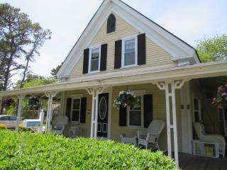 59 Sea St -Queen Anne Victorian-ID# 806 - Dennis Port vacation rentals