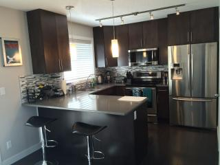 **Luxury Furnished 1471 SQFT Townhome** - Edmonton vacation rentals