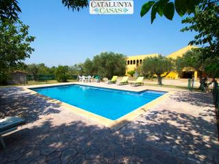 Stunning Peralada mansion for 15 people, only 8km from Costa Brava beaches! - Fortia vacation rentals