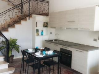 Charming House with Dishwasher and A/C in Santarcangelo di Romagna - Santarcangelo di Romagna vacation rentals