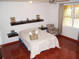 Air Conditioned Apartment in the heart of Cancun - JOC1 - Cancun vacation rentals
