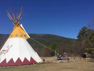 Bring Your Tribe & Stay in our 27 foot Teepee! - Hodgen vacation rentals