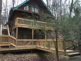 Creekside Hideaway - Gatlinburg vacation rentals