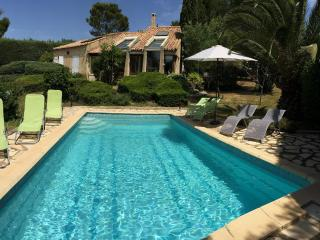 4 bedroom Villa with Internet Access in Tourbes - Tourbes vacation rentals