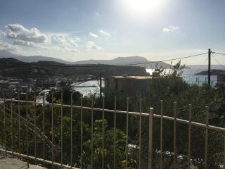 Almyrida Duplex,7 pers, 100 m de la plage, vue mer - Almyrida vacation rentals