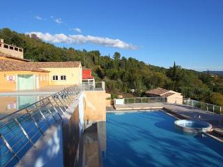 Two bed ground floor flat at Chateau de Camiole - Callian vacation rentals