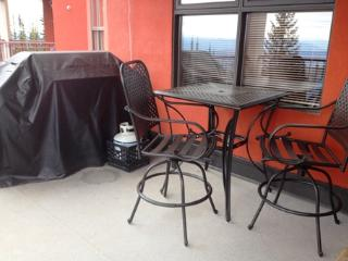 Nice Condo with Deck and Internet Access - Silver Star Mountain vacation rentals