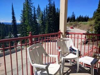 1 bedroom Apartment with Deck in Silver Star Mountain - Silver Star Mountain vacation rentals